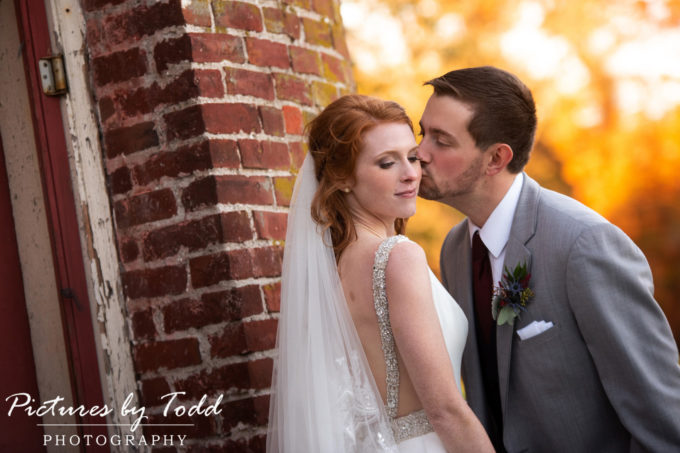 Meg & Shawn's Country Style Wedding | Prophecy Creek Manor House