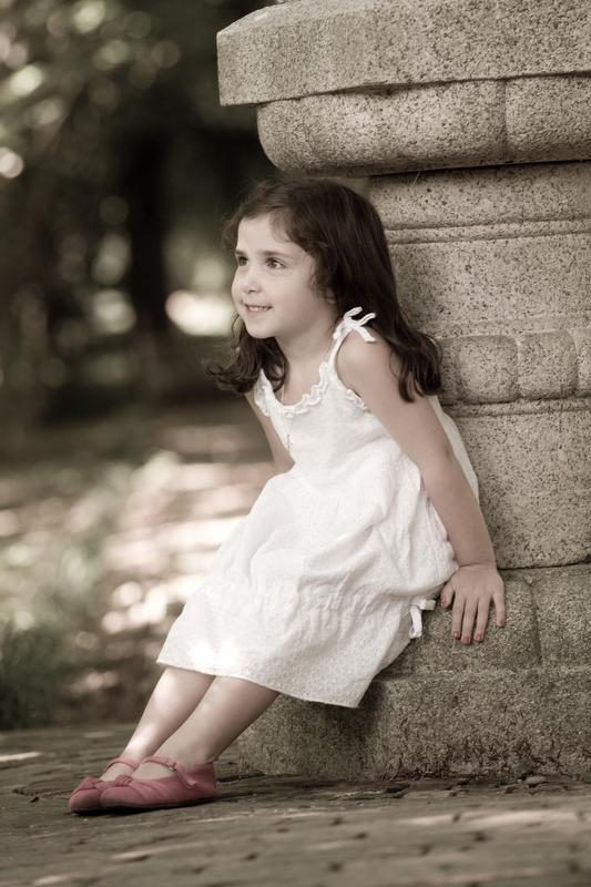 Child-Main-Line-Family-Portraits-Photographer