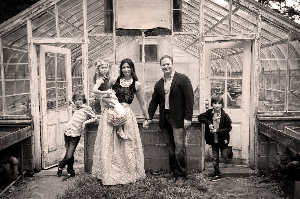 Main-Line-Family-Portraits-AppleFord-Estate