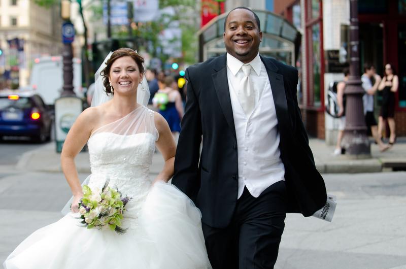 Philadelphia-Wedding-Photographer-Courtyard-Marriott-Downtown