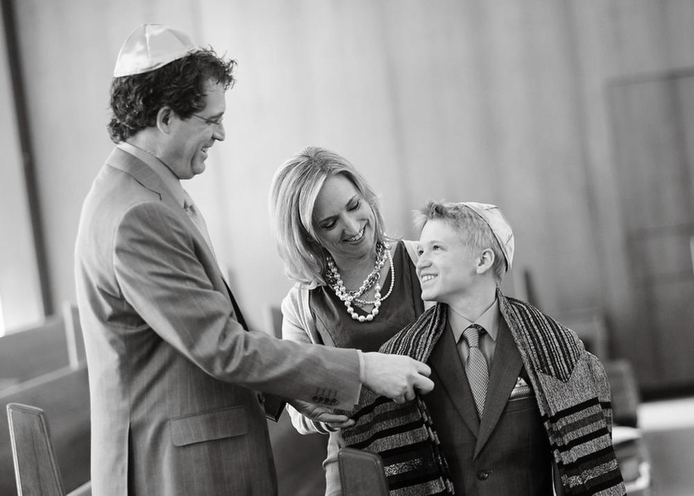 Philadelphia-Bar-Mitzvah-Family-Moments-Photography