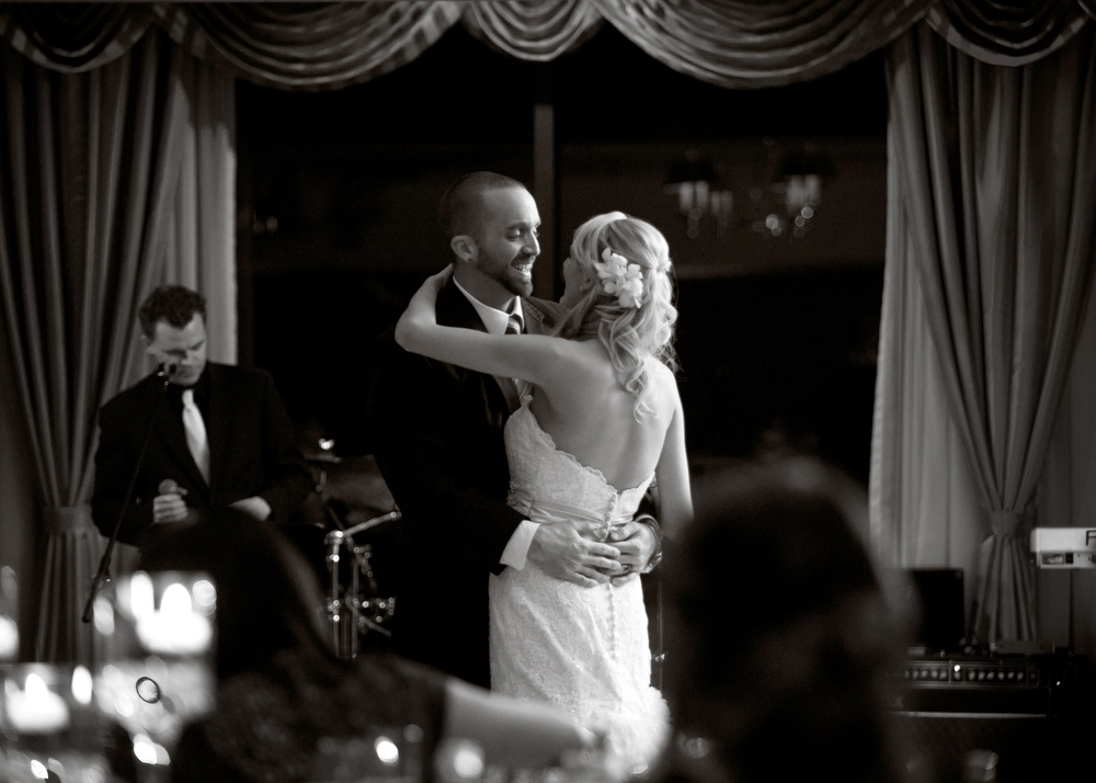 Black-White-Photography-First-Dance