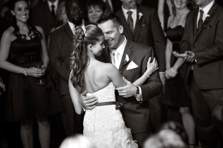 Bride-Groom-First-Dance-Photography