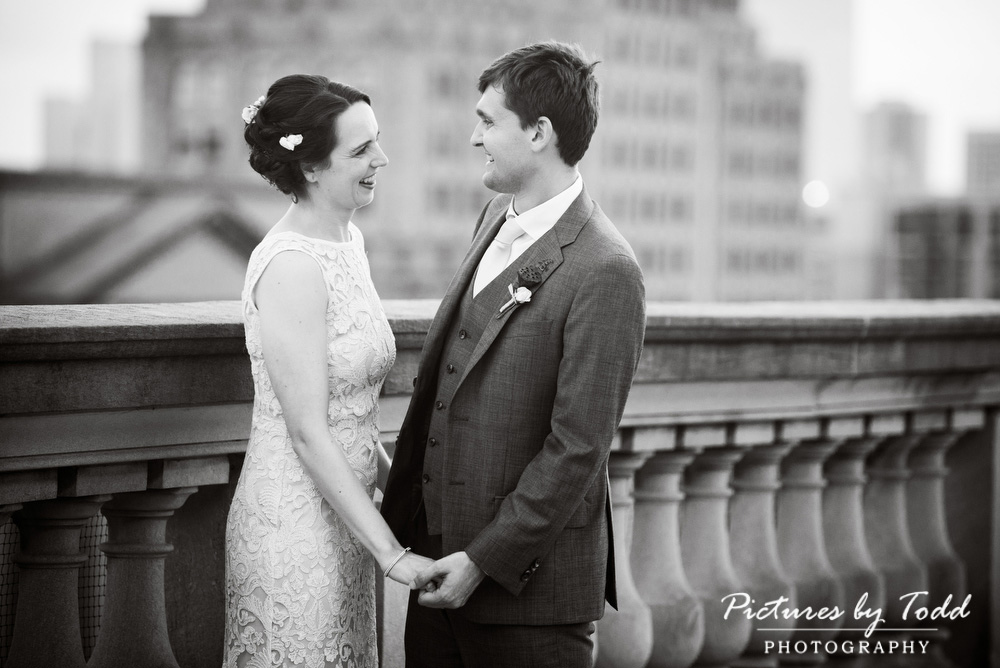 Beautiful-Blooms-The-Free-Library-Philadelphia-Wedding-Black-White-Roof-Top-Wedding