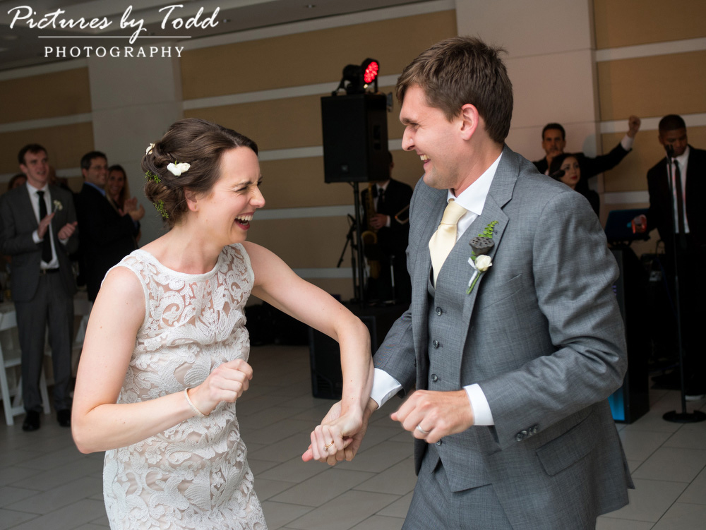Beautiful-Blooms-The-Free-Library-Philadelphia-Wedding-Fun-Candid