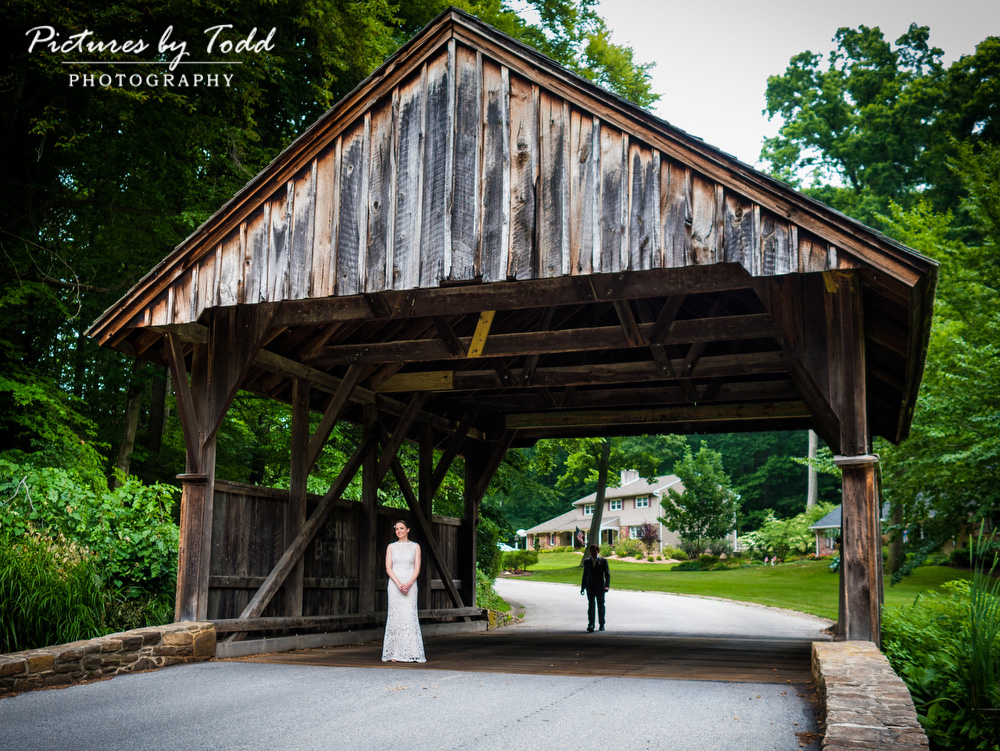Covered-Bridge-First-Look-Wedding-Photography-Best-Philadelphia