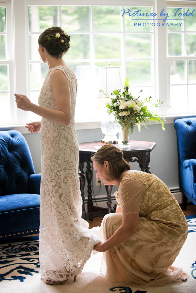 Wedding-Dress-BHLDN-Getting-Ready-Philadelphia-Photographer