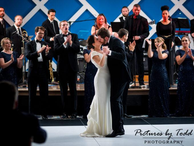 Mia & Danny's Wedding | Vie