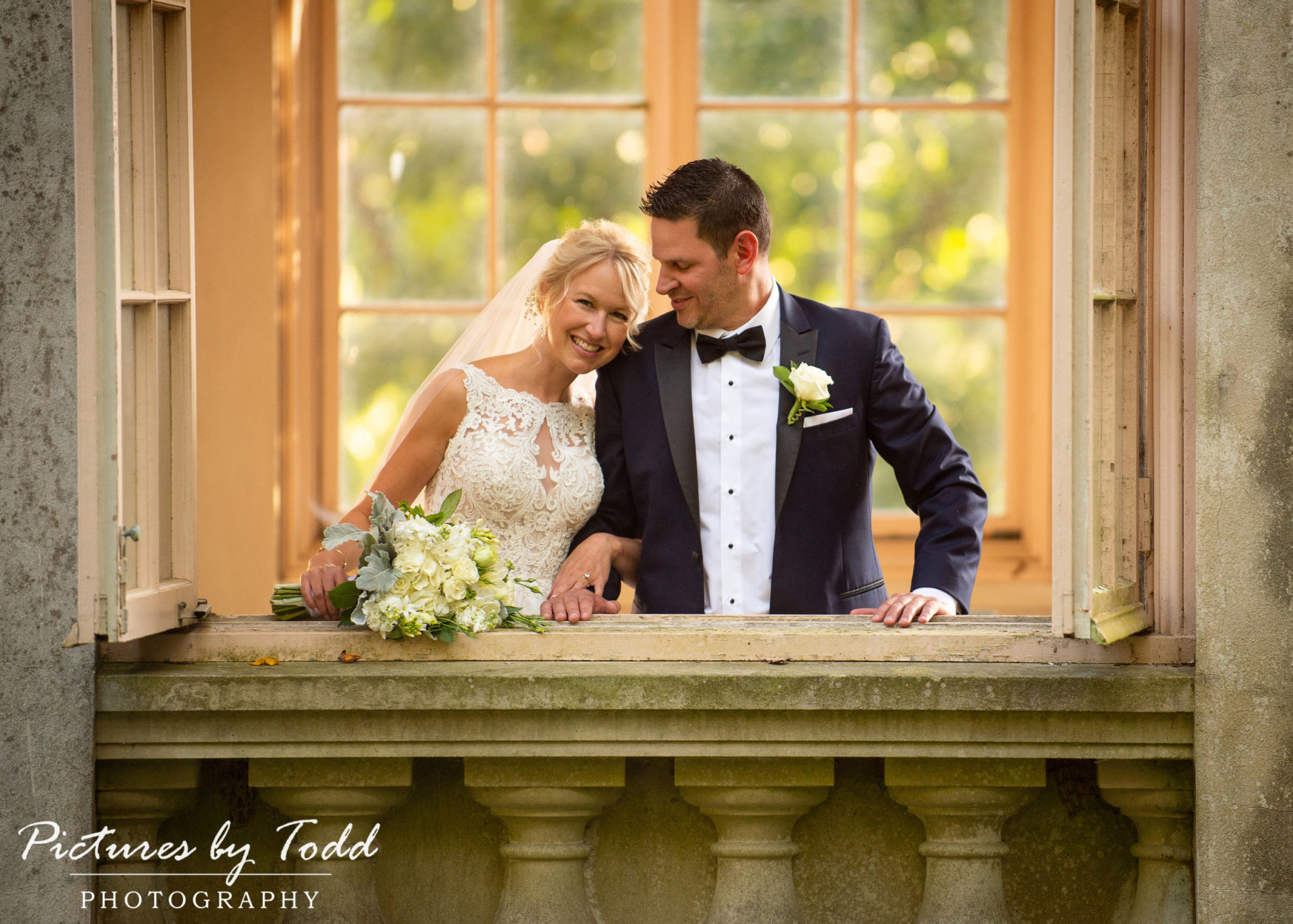Lisa & Dan's Winterthur Wedding